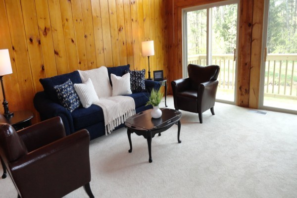 Vacant Staging in Bedford, NH traditional-living-room