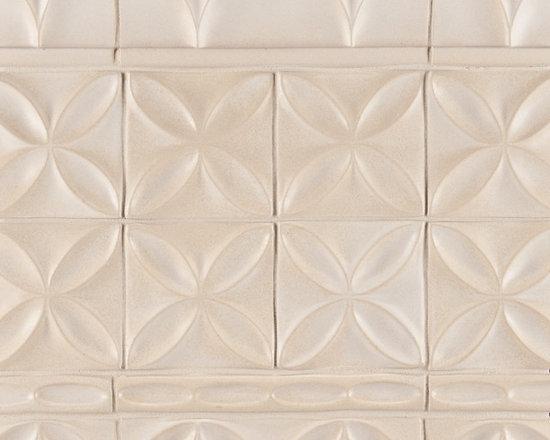 "Ceramic - ANN SACKS Circa 4"" x 4"" quatrefoil ceramic decorative tile and 1-1/2"" x 8"" large bracelet trim in warm candle white gloss"