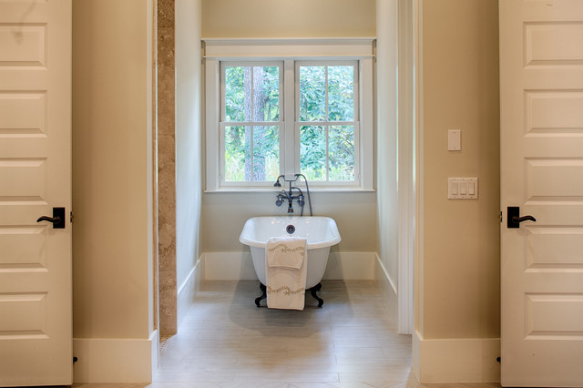Georgetown traditional-bathroom