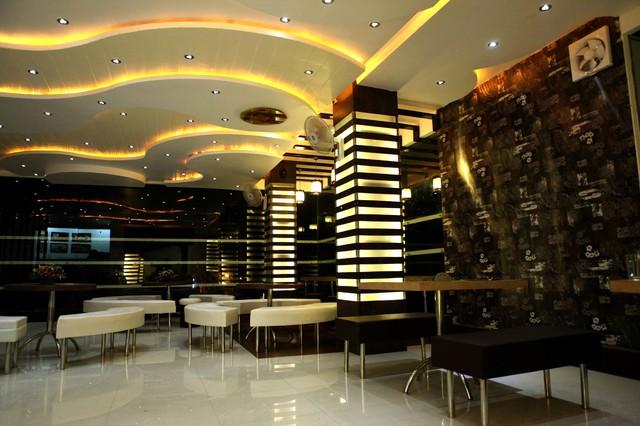 Muncheez restaurant contemporary interior elevation