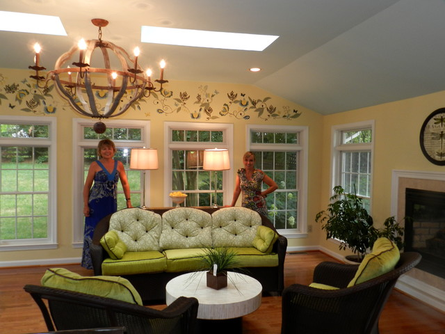 Sunroom Transitional traditional-family-room