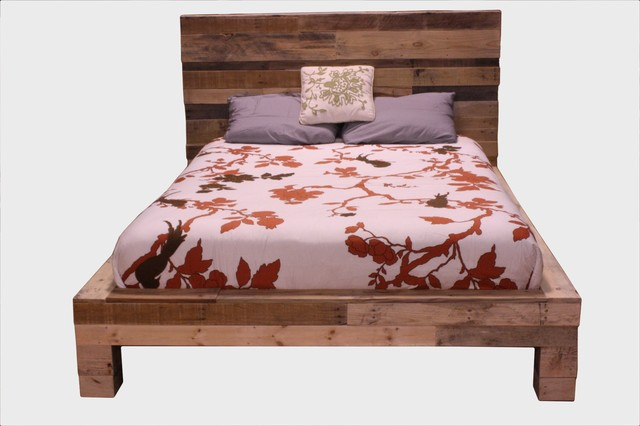 Pallet Bed contemporary-beds