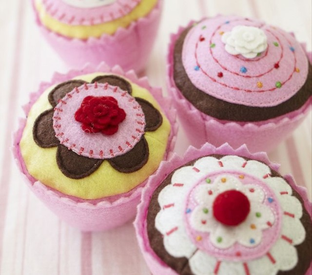 Cupcake Set modern kids toys