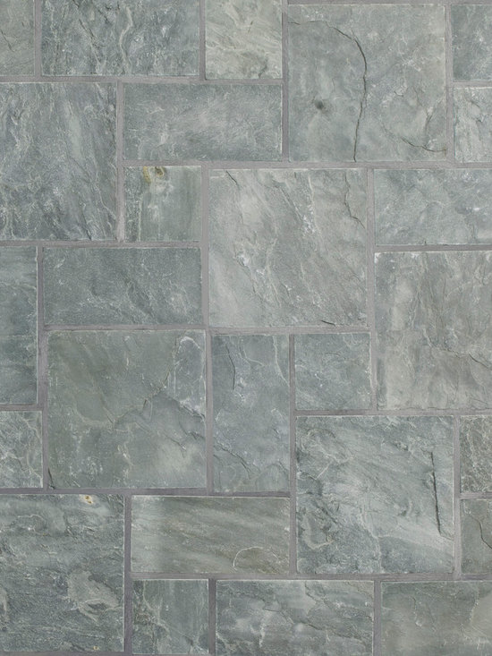"""Relastone Systems - Realstone Systems Bluestone Kasa Mat - Kasa Stone mats feature larger squares than their Halona stone mat counterparts. These mats feature a square or rectangular """"ashlar"""" pattern of selected slate or quartz that is adhered to a rubber mesh mat."""