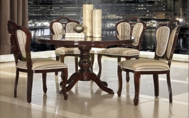 Italian dining sets mcs italian dining room london for Italian dining room sets