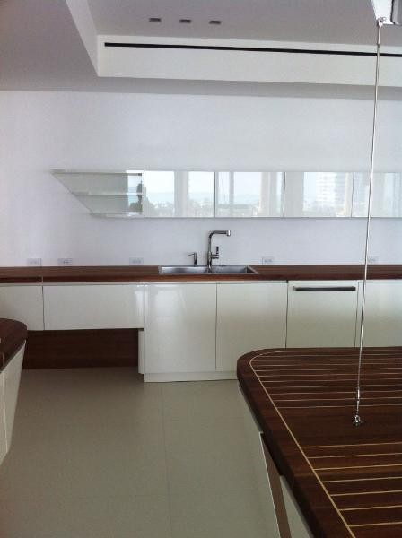 Marecucina Kitchen modern-kitchen