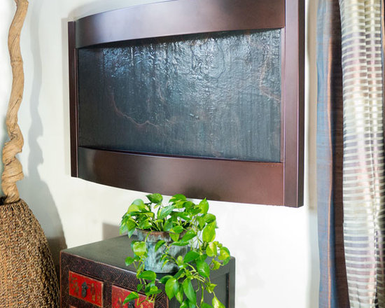 Bluworld - Contempo Terra Horizontal Wall Fountain - Lightweight Slate & Oil-Rubbed Bronze - Fountains fill us with a sense of peace, quieting our inner monologues and removing us from the stresses of the day. Imagine after an exhausting day at work, coming home and hearing the sound of water gently falling...close your eyes, sit down and relax as you listen. A Bluworld fountain can take you there every time, every day.