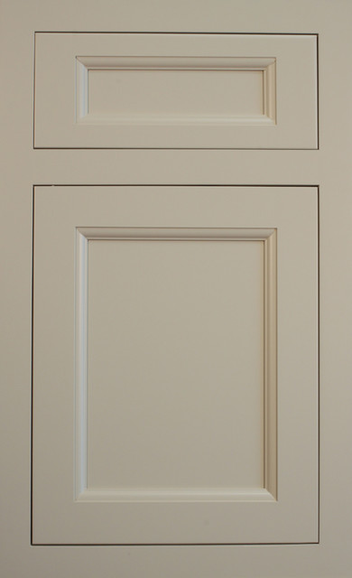 New door styles and finishes traditional kitchen for Kitchen cabinets traditional style