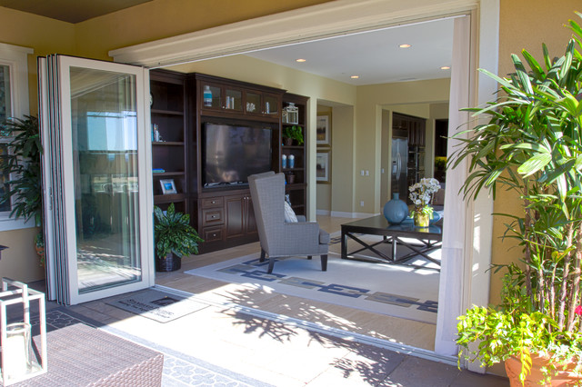 La Jolla Series Folding Doors windows-and-doors