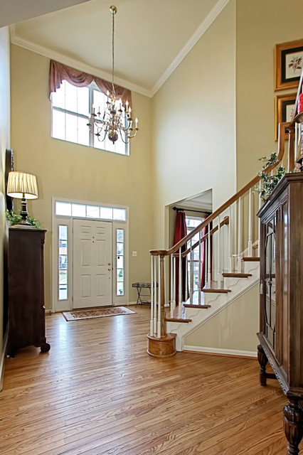Wicker Homes eclectic-entry