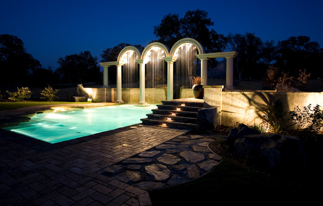 Roman Arches traditional-pool