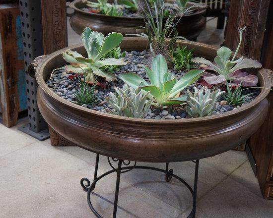 Antiques pots and planters - Antique Brass Ulri planter