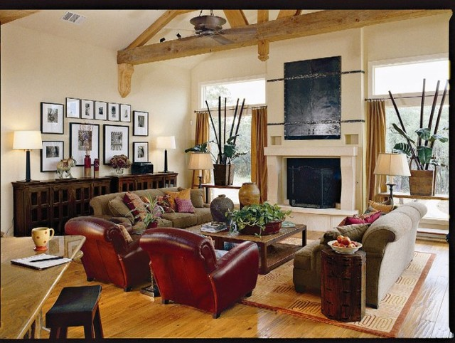 Southern living idea home tropical family room for Elegant southern home decorating ideas
