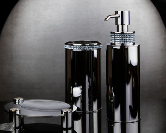 Bathroom set with Swarovski crystal and more - Set of three amazing pieces for your bathroom decoration.