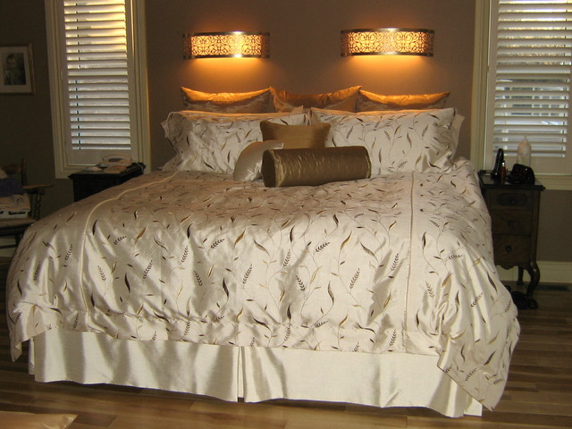 Blindladys Houzz traditional bedding