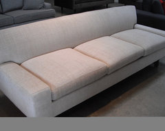 HUGO - STRONG ARCHITECTURAL LINES transitional sofas