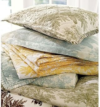 Matine Toile Quilt, Twin, Dark Porcelain Blue traditional-quilts-and-quilt-sets