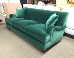 NATALIE STYLE - TRADITIONAL ENGLISH ROLL ARM traditional-sofas