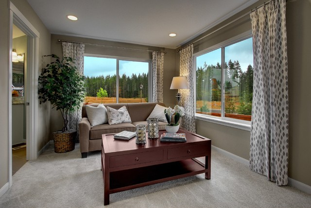 Vinland Pointe transitional-family-room