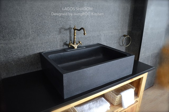 FARMHOUSE BLACK GRANITE KITCHEN SINK LAGOS SHADOW farmhouse kitchen