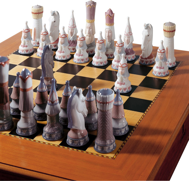 Lladro Medieval Chess Set With Board And Box