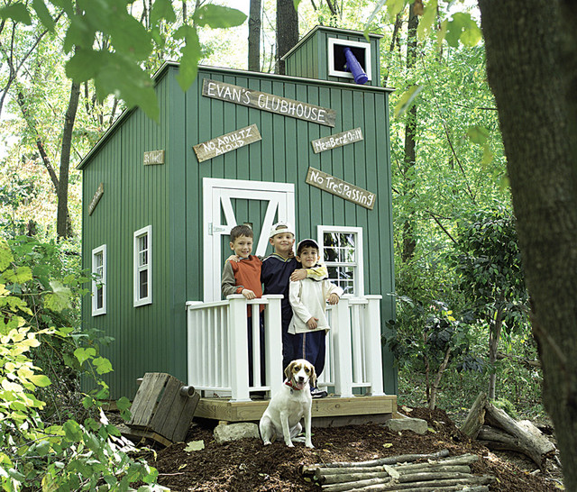 Lil Raskals Lookout: Outdoor Playhouse traditional outdoor playsets