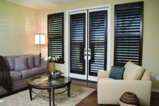 Hattiesburg shutters traditional-living-room
