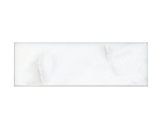 Hampton Carrara Polished Tile -
