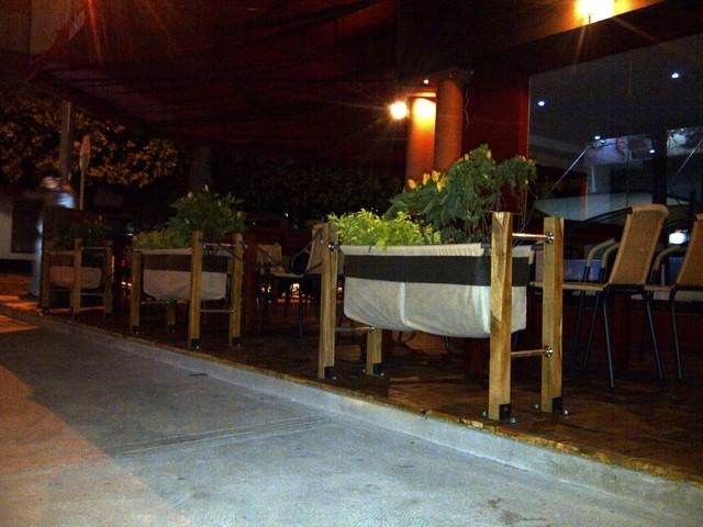 Proyecto Cerramiento Verde Restaurante La Barra Parrilla Bar Cúcuta Colombia modern-landscape