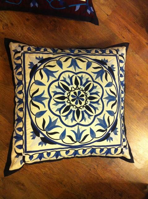 hand made cushion decorative-pillows