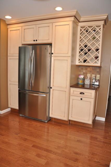 Semi custom medium sized kitchen traditional other for Semi custom kitchen cabinets