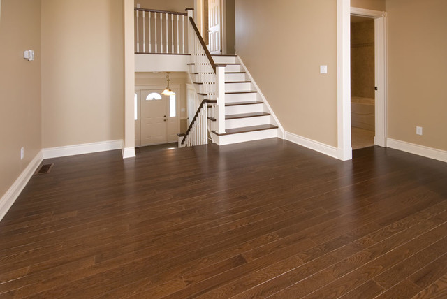 Spacious and Comfortable Interior hardwood-flooring