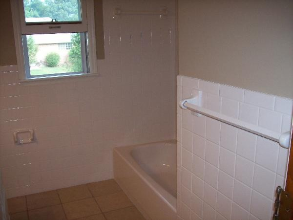 Bathtub Tile Refinishing Traditional Bathroom Tile