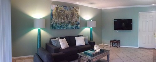 Newlyweds first apartment need color scheme advice more Decorating my first apartment