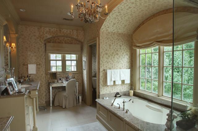 Pemberton traditional-bathroom