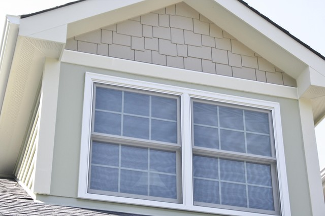 Staggered Edge Shingle Siding By James Hardie