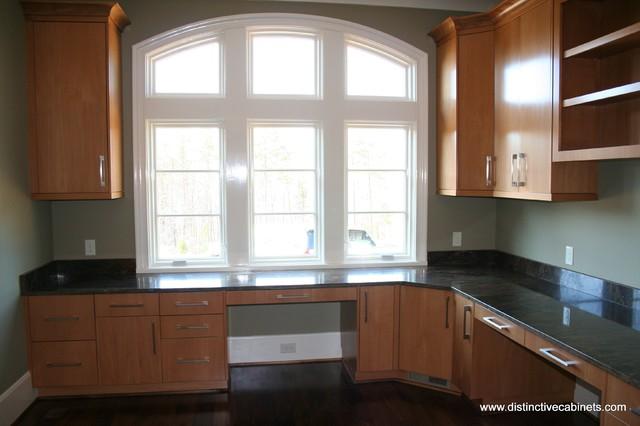 Distinctive Cabinets - Work Spaces