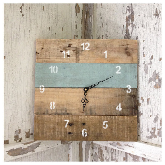 Reclaimed Pallet Wood Wall Clock by Field Treasure Designs ...