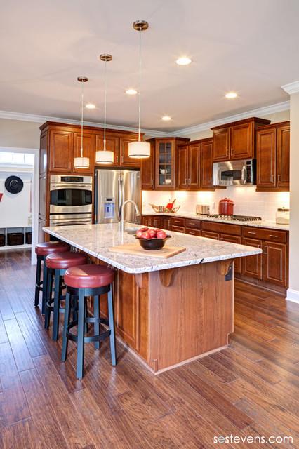 Lindsay model Kitchen traditional-kitchen