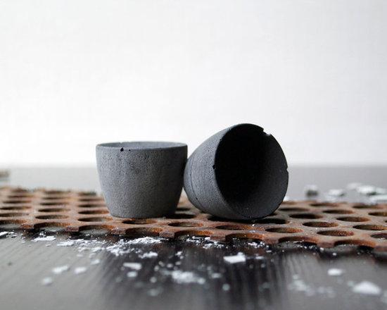 BETTY Concrete Knob - charcoal - Kathryn Wozniak