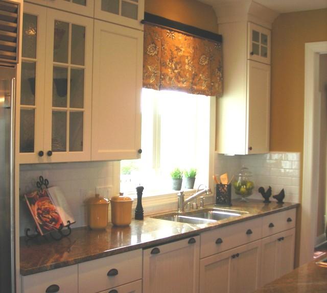 floor360 traditional kitchen backsplashes