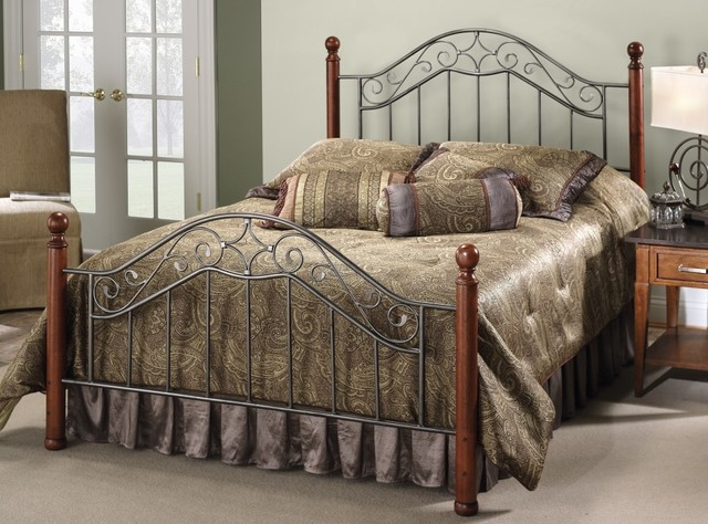 Traditional Hillsdale Martino Bed (Full) traditional-beds