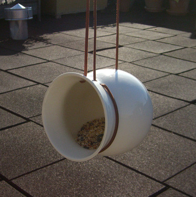 Perch! - Round Birdfeeder modern bird feeders