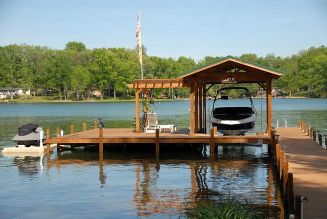 Beautiful Log Home Retreat on Lake Greenwood SC traditional