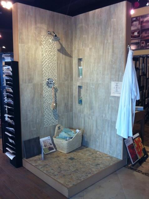 Keystone Showroom Shower Displays Contemporary