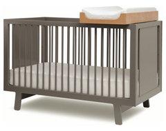 Oeuf Sparrow Crib modern-cribs