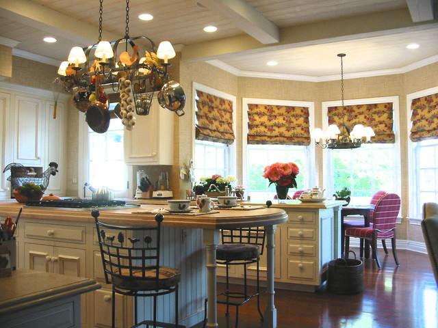 Coastal Cottage traditional-kitchen