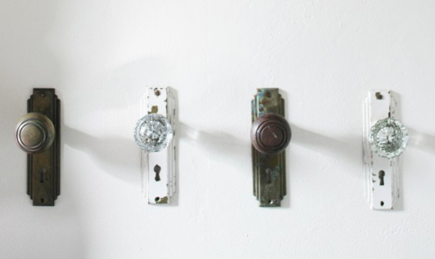 Anitque Door Knobs As Towel Hooks - Traditional