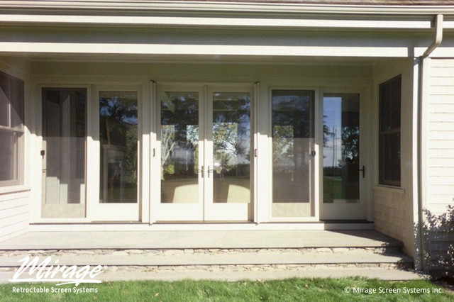 Mirage Retractable Screens - Opened & Closed screen-doors