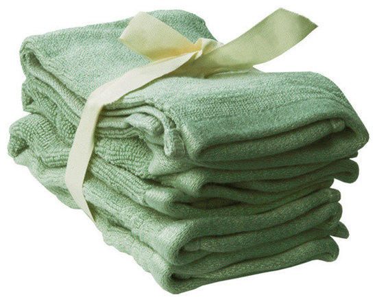 SHOO-FOO - Bundle of 4 Bamboo Washcloths - 600 gsm, Sage Green, 4 Sets - Washing off makeup after a long day's work is only complete when you've got a bamboo face towel to gently pat off your clean pores and fresh glowing skin! This towel is great as a cosmetic towel or washcloth or simply for what it is appropriately named